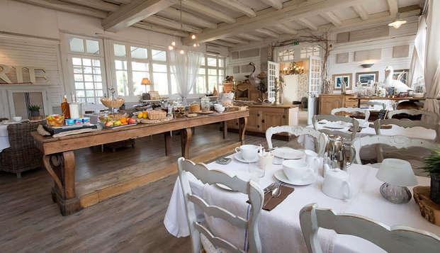 La Marine de Loire Hotel et Spa - breakfast