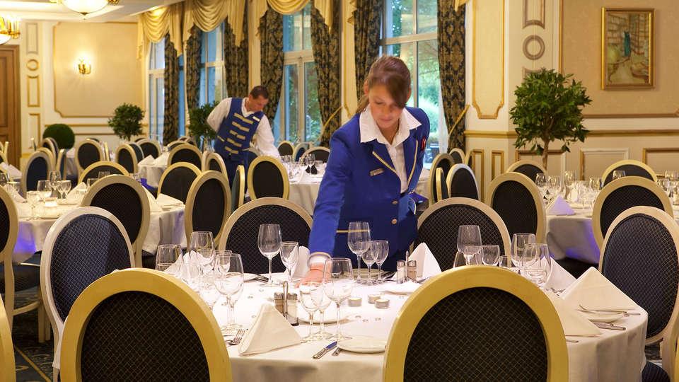 Vienna House Dream Castle Hotel Paris - edit_Restaurant__2_.jpg