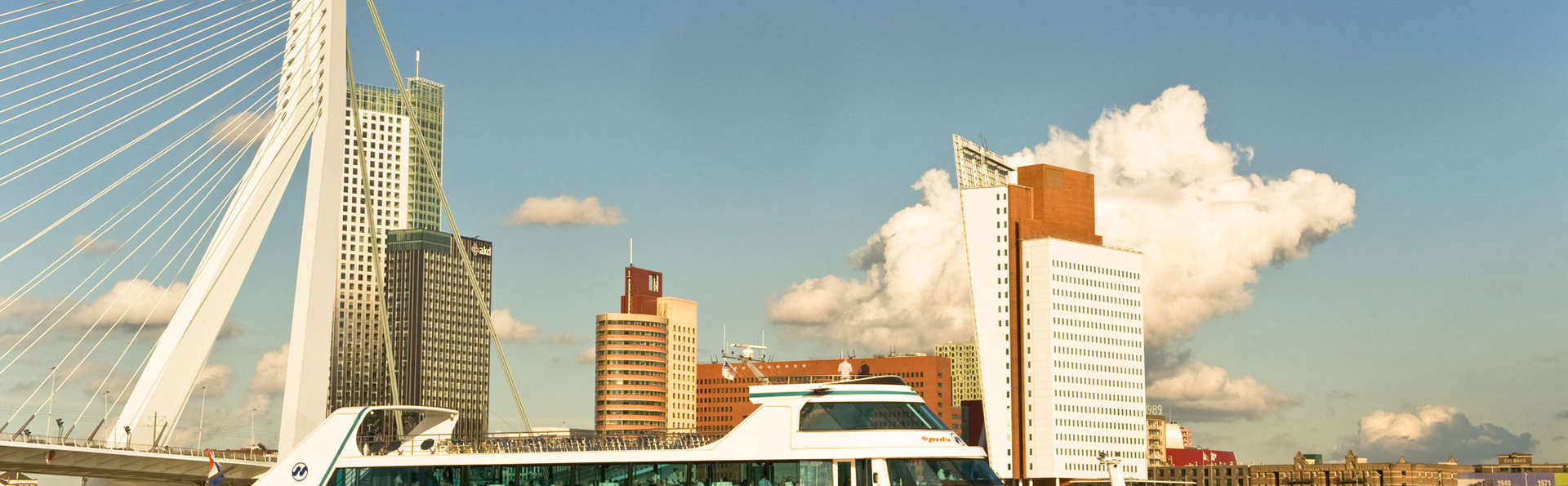 Van der Valk Hotel Rotterdam-Nieuwerkerk - edit_boat.jpg