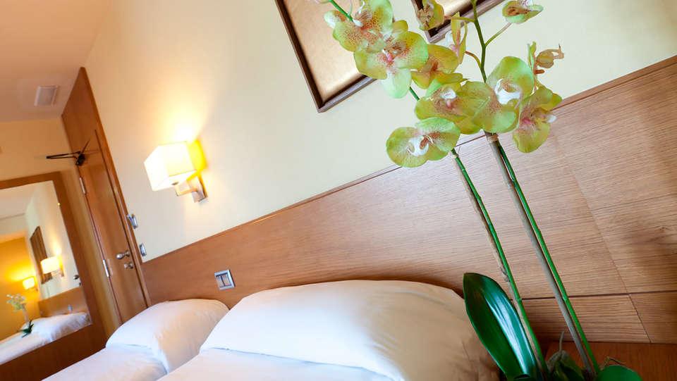 Hotel Sterling - edit_14.jpg