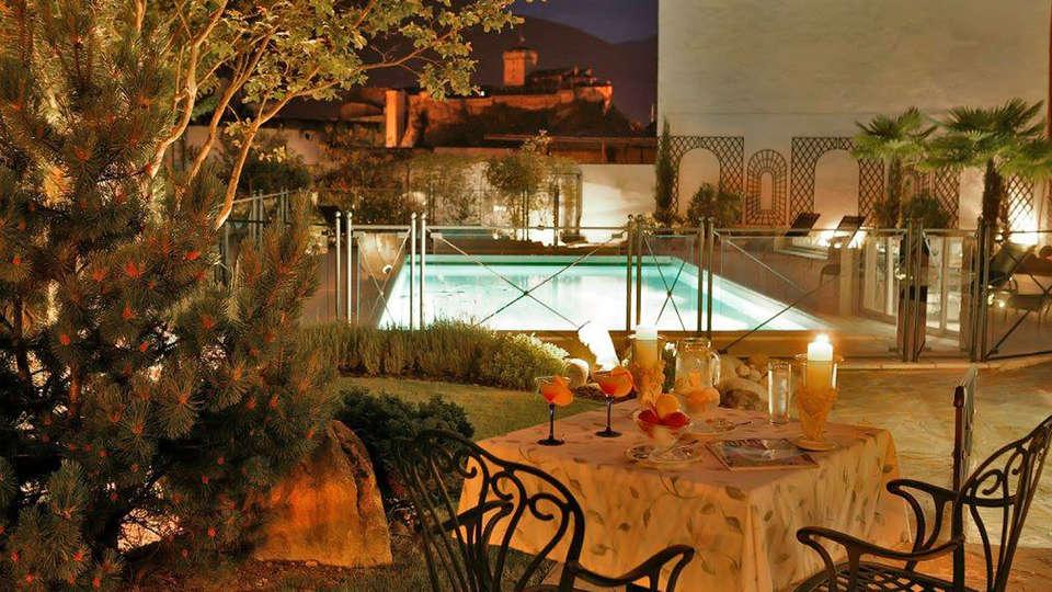 Best Western Hotel Beauséjour - edit_terrace23.jpg