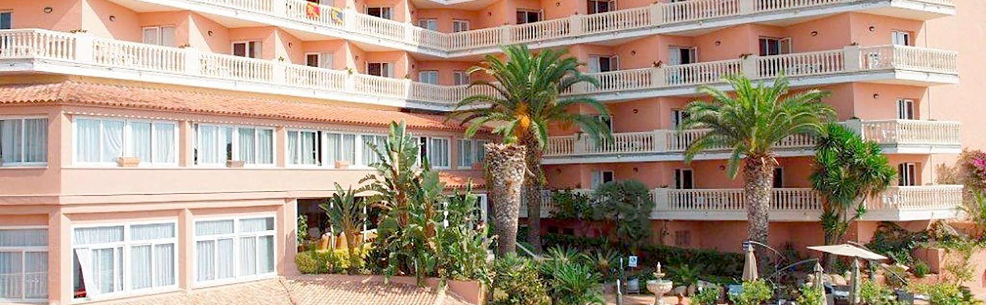 Hotel Alba Seleqtta - Edit_Front2.jpg