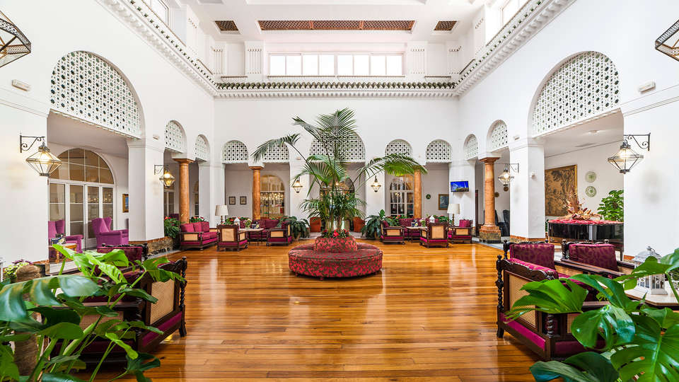 Hotel Globales Reina Cristina - edit_globales-reina-cristina-hall.jpg