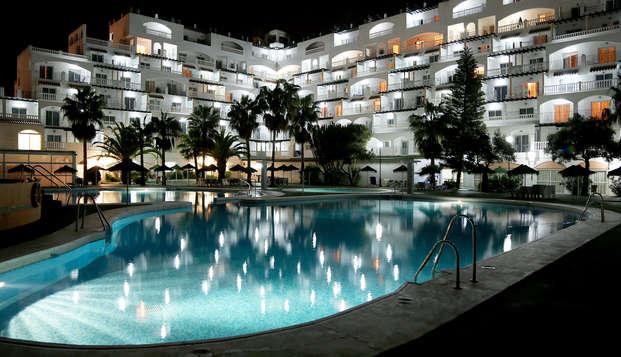 Offre spéciale : Pension complète, détente et bien plus à Roquetas de Mar