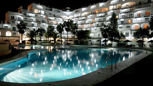 Oferta especial: Pensión completa, relax y mucho más en Roquetas de Mar