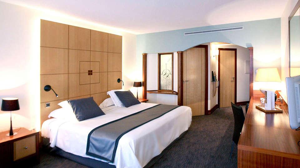 Grand Hôtel Les Flamants Roses - edit_room56.jpg