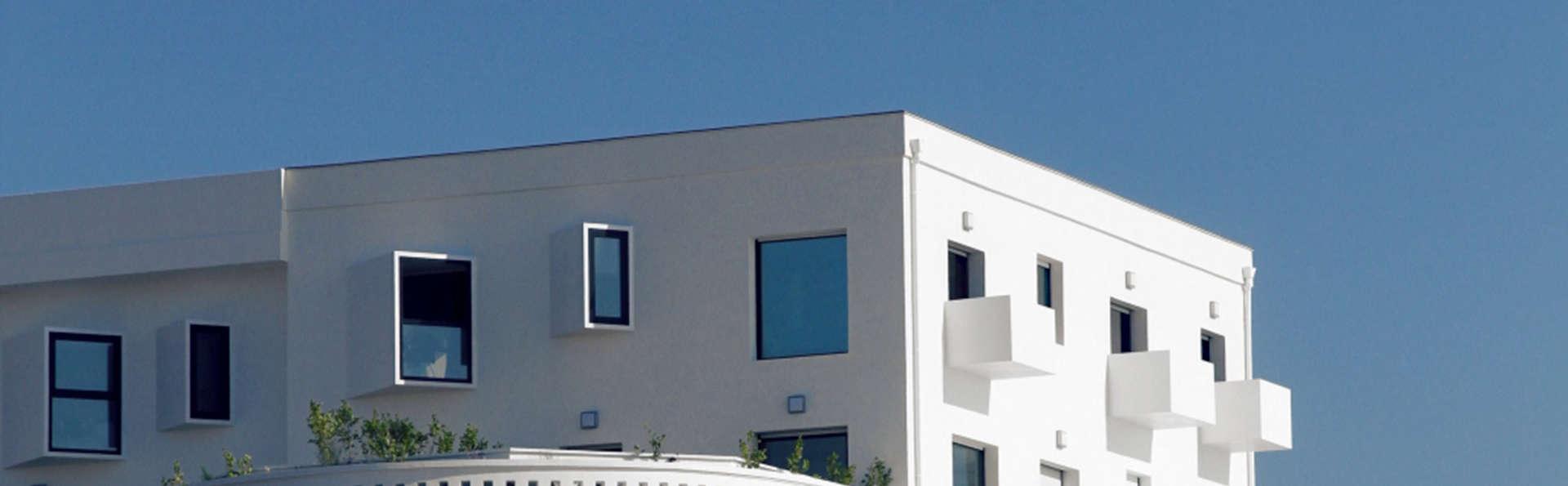 Le Grand Hôtel de la Plage - Biscarrosse - edit_facade.jpg