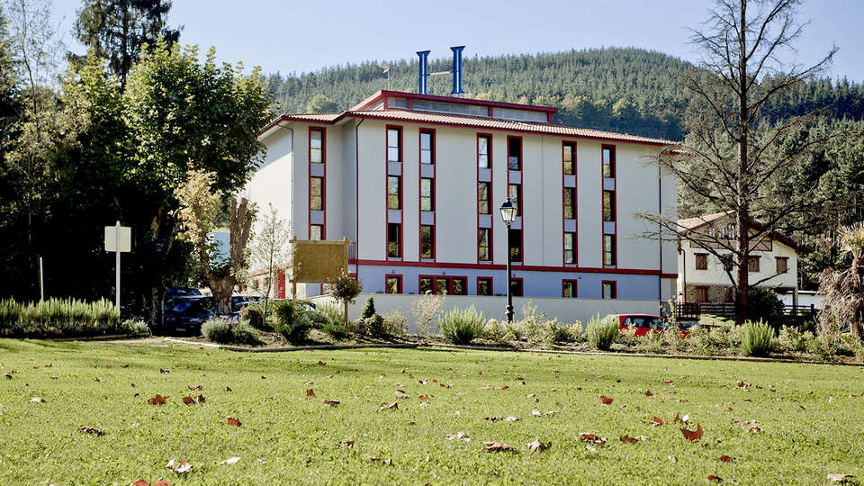 Hotel Balneario Areatza - Edit_front.jpg