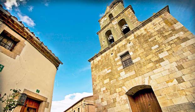Escapada en Villanueva de Campeán con botella de vino y visita a bodega (desde 2 noches)