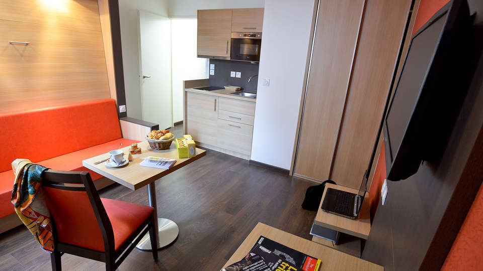 APPARTHOTEL LES PRIVILODGES  - edit_apartment2.jpg