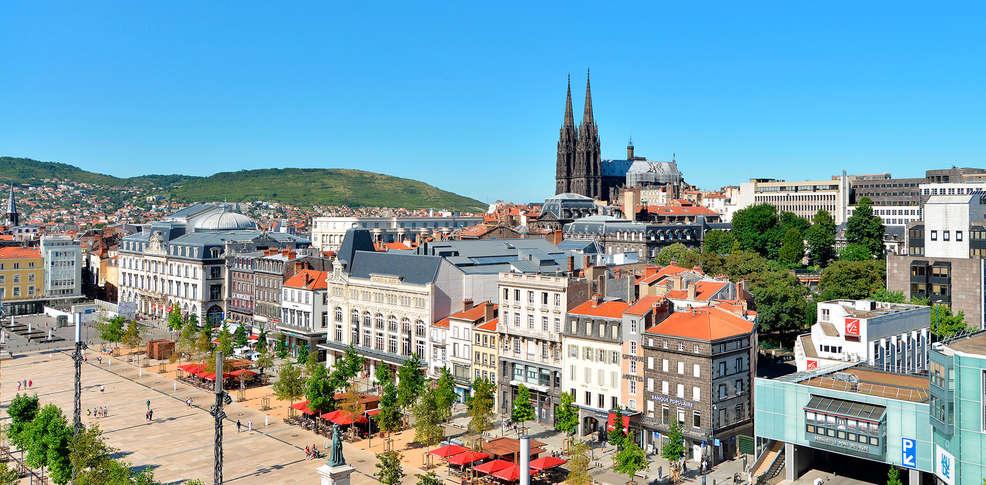 Apparthotel les privilodges 3 clermont ferrand france for Apparthotel en france
