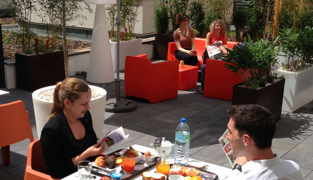 APPARTHOTEL LES PRIVILODGES - terrasse interieure