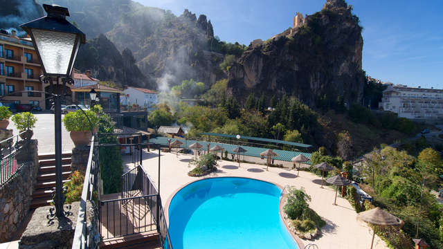 Escapada rural en plena Sierra de Cazorla, con piscina y descuento spa