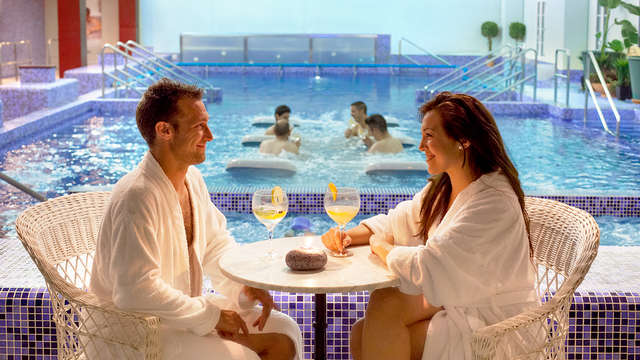Relax en el Balneario de Cofrentes con acceso al circuito termal