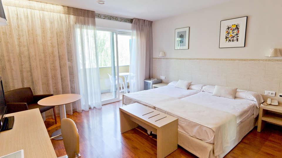Hotel Balneario Sicilia - Edit_Room3.jpg
