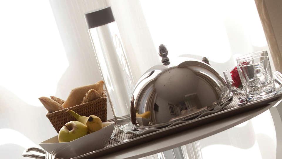 Hôtel Renoir - edit_breakfast.jpg
