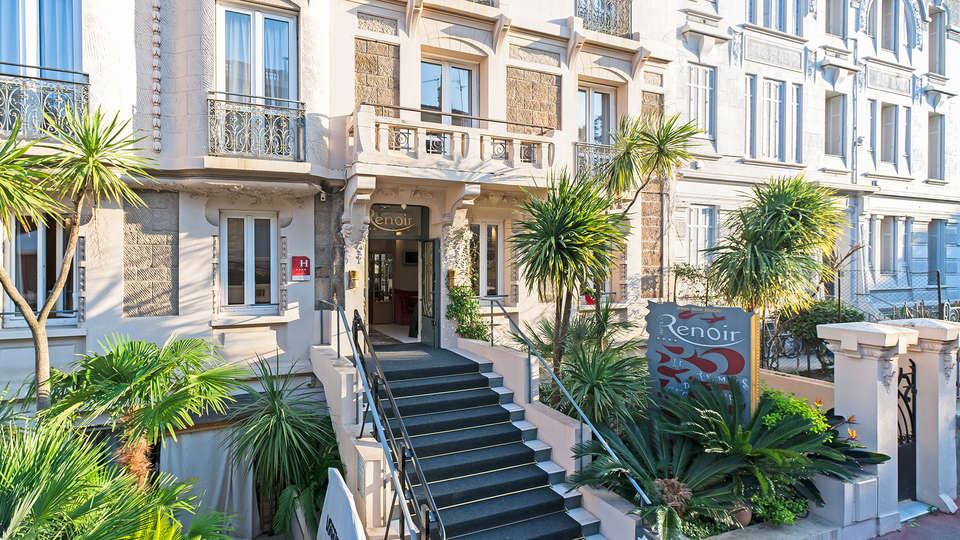 Hôtel Renoir - edit_entrance921.jpg