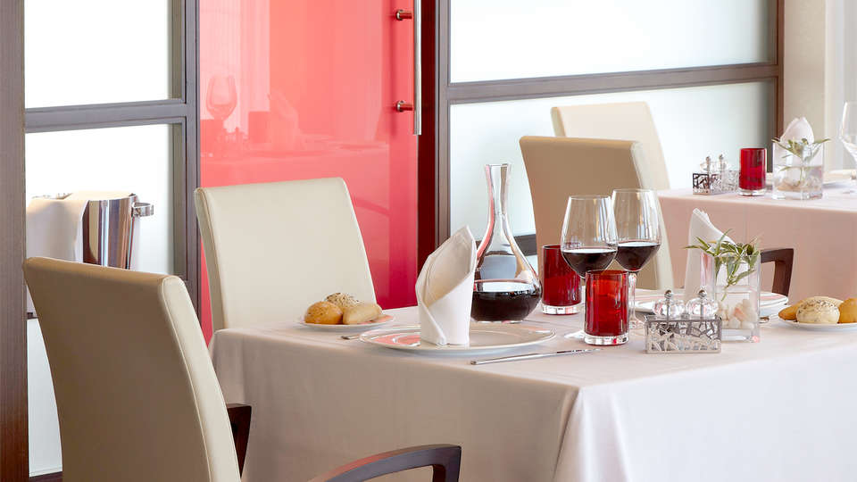Hotel Blanco Spa - Edit_Restaurant.jpg