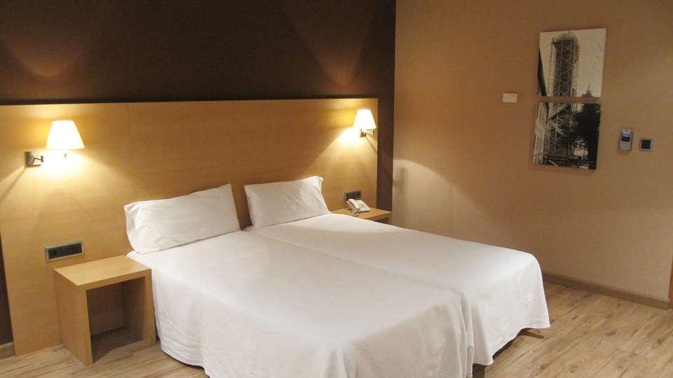 Hotel Santuario de Arantzazu - edit_roomn.jpg