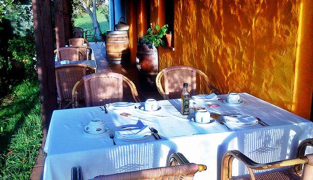 Sabores de Asturias: Escapada Romántica con Cena típica regional en Tresgrandas
