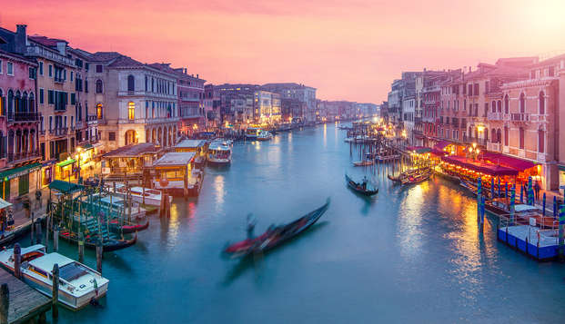 Una oportunidad que no puedes perderte: estancia muy cerca de Venecia con botella en la habitación
