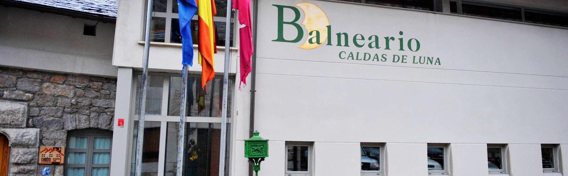 Hotel Rural Balneario Caldas de Luna  - edit_facade.jpg
