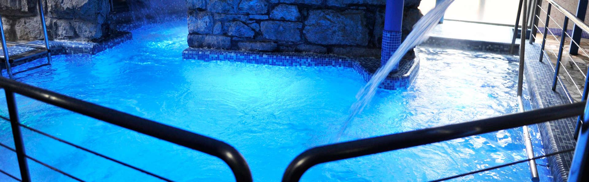Bienestar total con piscina termal, tratamiento de envoltura corporal y vaporarium (desde 2 noches)