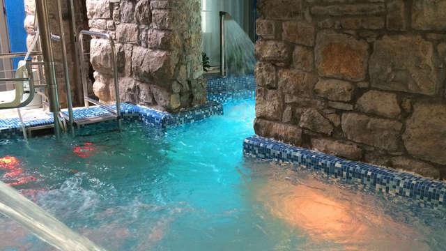 Bienestar total con piscina termal, tratamiento corporal y vaporarium (desde 2 noches)