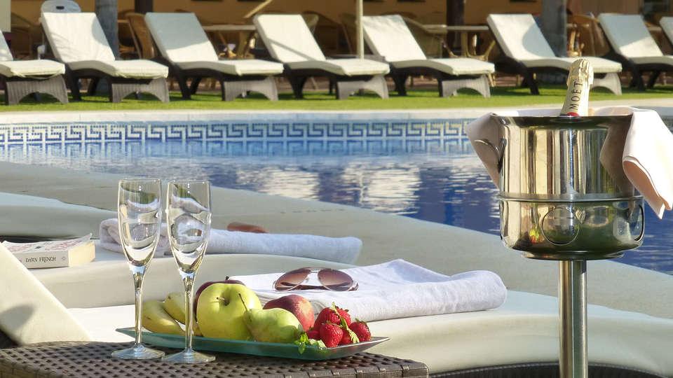 Gran Hotel Benahavís SPA - edit_chillout_pool1X.jpg