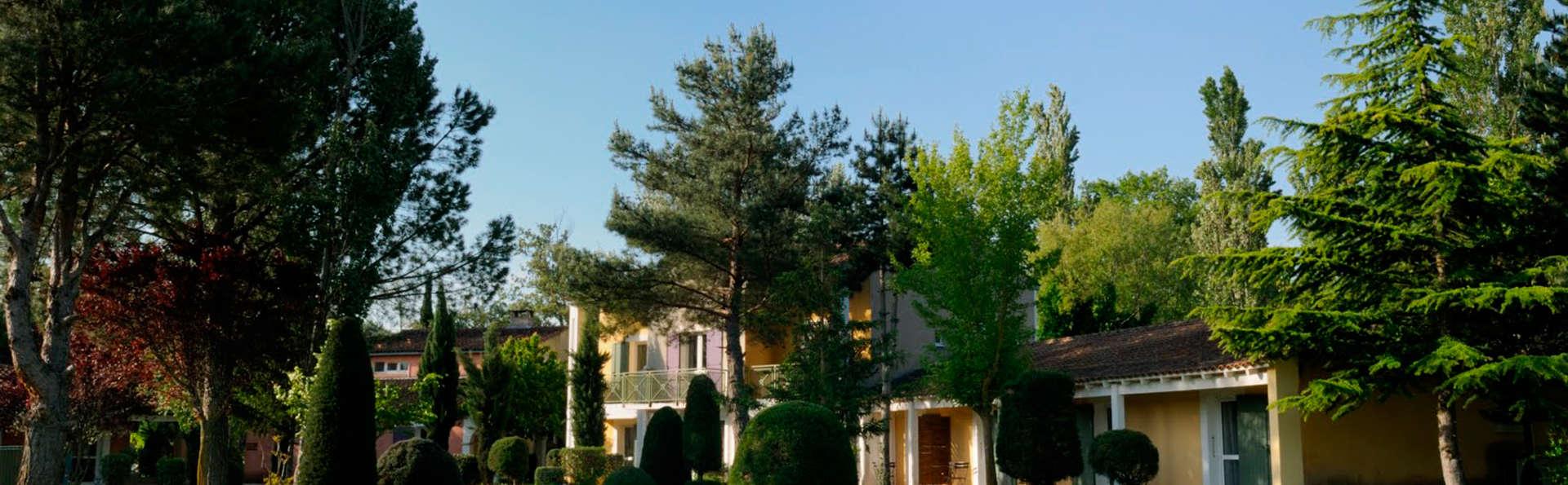 Le Domaine de la Petite Isle - Luberon - edit_garden34.jpg