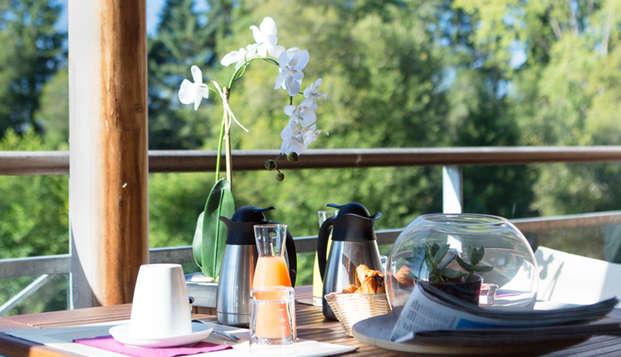 Golf Resort Spa Domaine Cice Blossac - breakfast