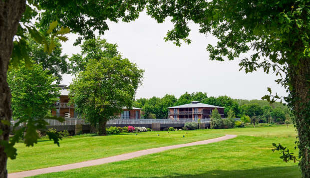 Golf Resort Spa Domaine Cice Blossac - garden