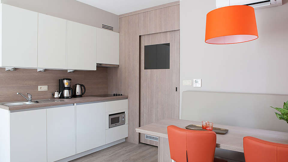Holiday Suites Houthalen Helchteren - Edit_apartment2.jpg