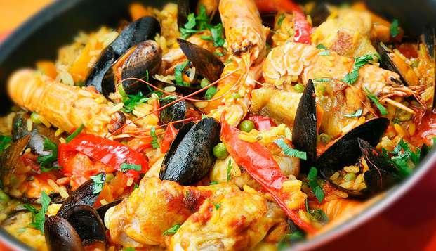 Escapada para tres personas en Sanxenxo con una deliciosa Paella de marisco frente al mar