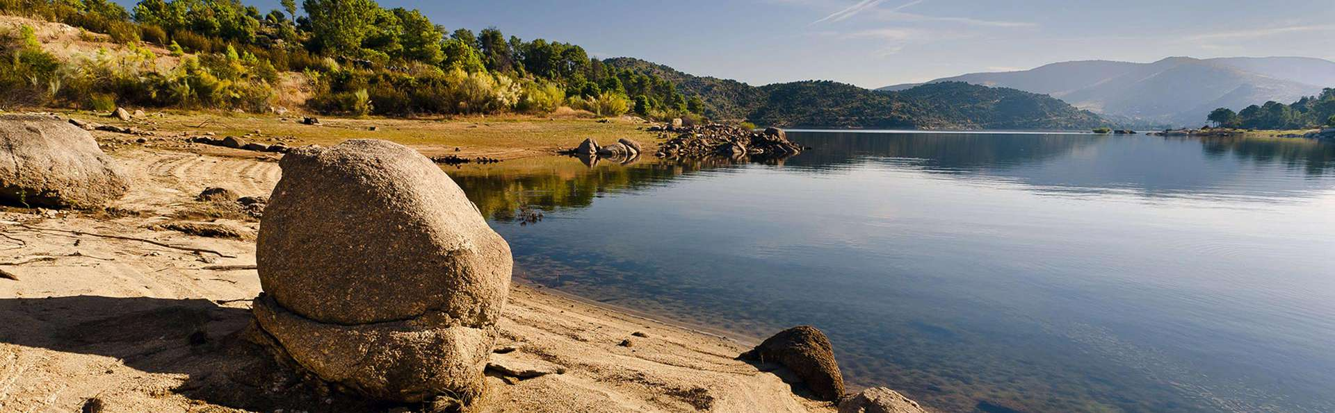 Offre spéciale mini-vacances : profitez du parc Cañón del Río Lobos avec dîner (à partir de 3 nuits)