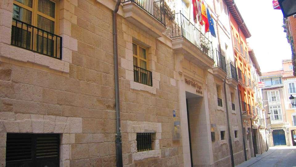 Hotel Rice Palacio de Los Blasones - edit_facade.jpg