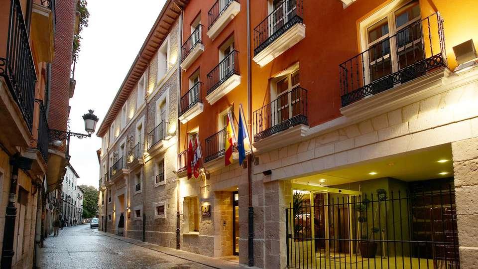 Hotel Rice Palacio de Los Blasones - edit_facade1.jpg