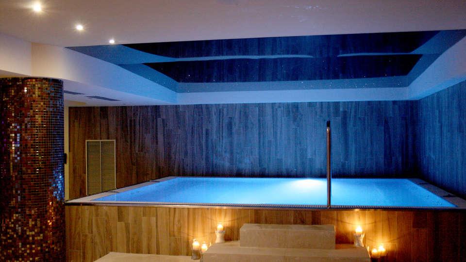 Hotel & SPA Real Villa Anayet - Edit_spa.jpg