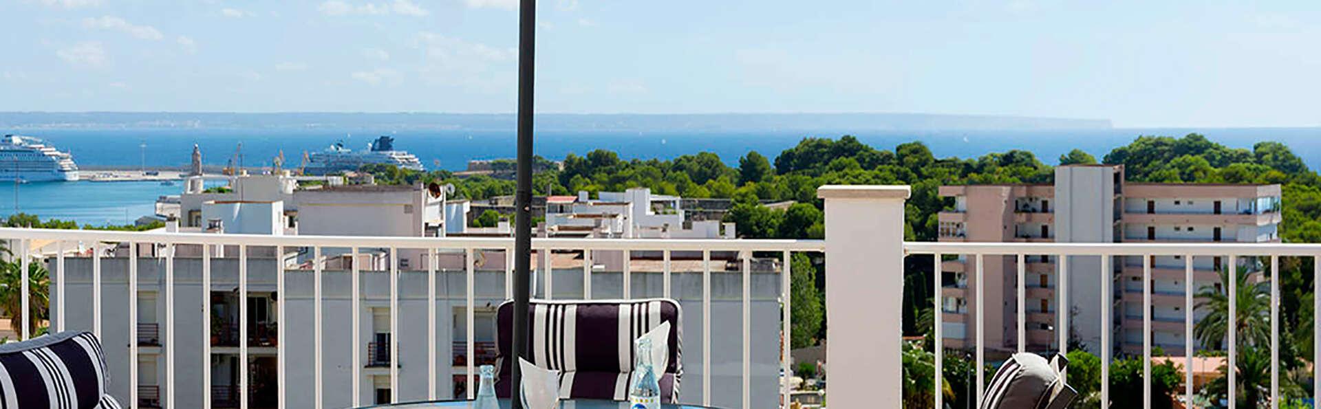¡Llega hasta Palma desde Barcelona con ferry Balearia y visita el museo Miró! (9 días /7noches)