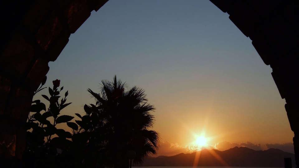 Hotel La Cumbre - Edit_View2.jpg