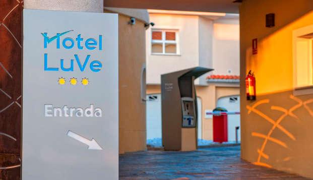 Hotel Luve - entrance