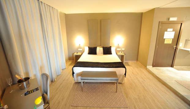 Hotel Luve - room