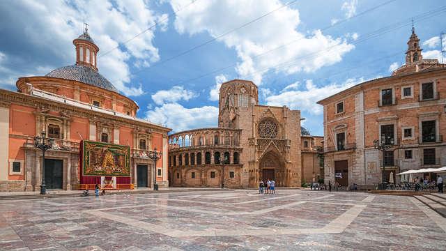 Reposez-vous à proximité de Valence et profitez de la visite guidée de la vieille ville