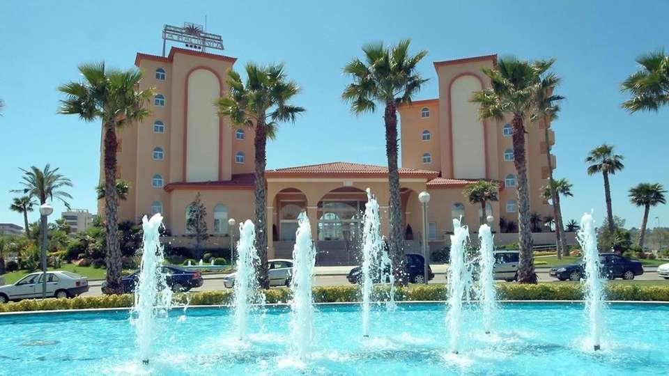 Gran hotel La Hacienda - edit_facade1.jpg