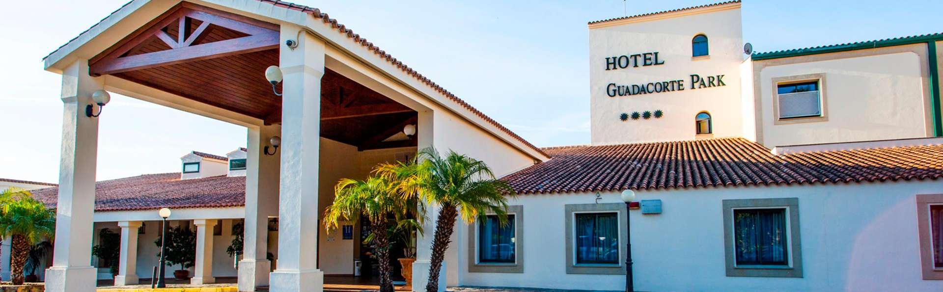 Hotel Guadacorte Park - edit_Entrada_Hotel.jpg