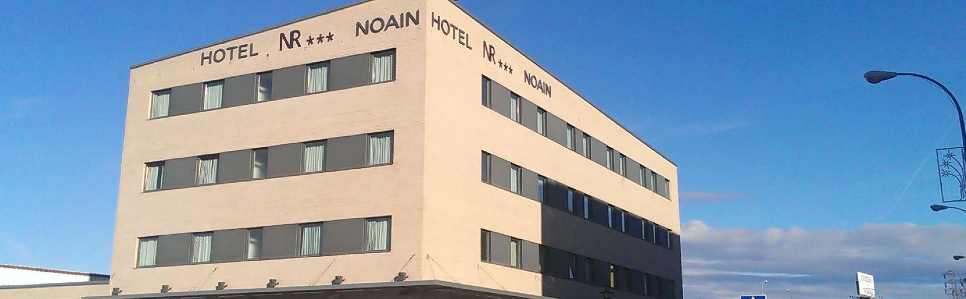 Hotel Ibis Styles Pamplona Noain - edit_front3.jpg