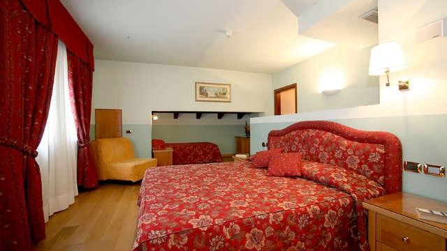 Paradise Hotel Wellness
