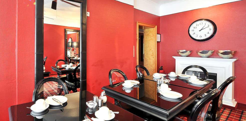 hotel sir lady astor 3 d sseldorf duitsland. Black Bedroom Furniture Sets. Home Design Ideas