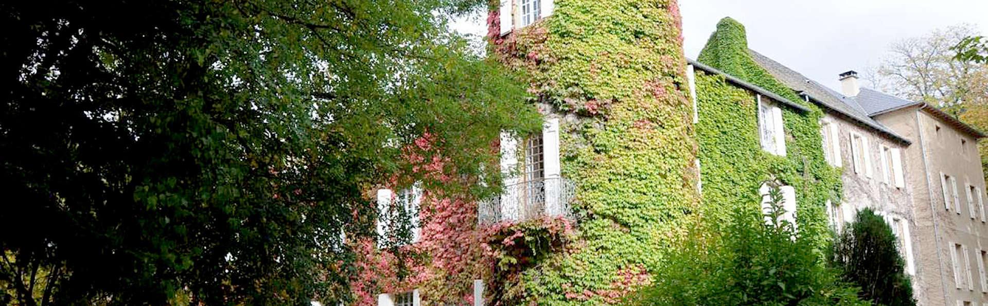 Château d'Ayres - Edit_Front.jpg