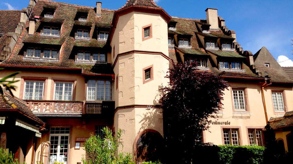 Hostellerie de la Pommeraie - Edit_Front.jpg